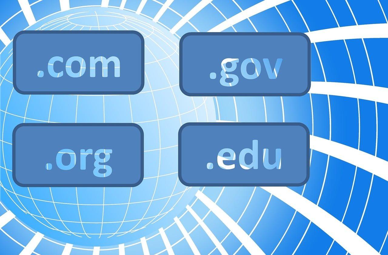 make money online selling domain names