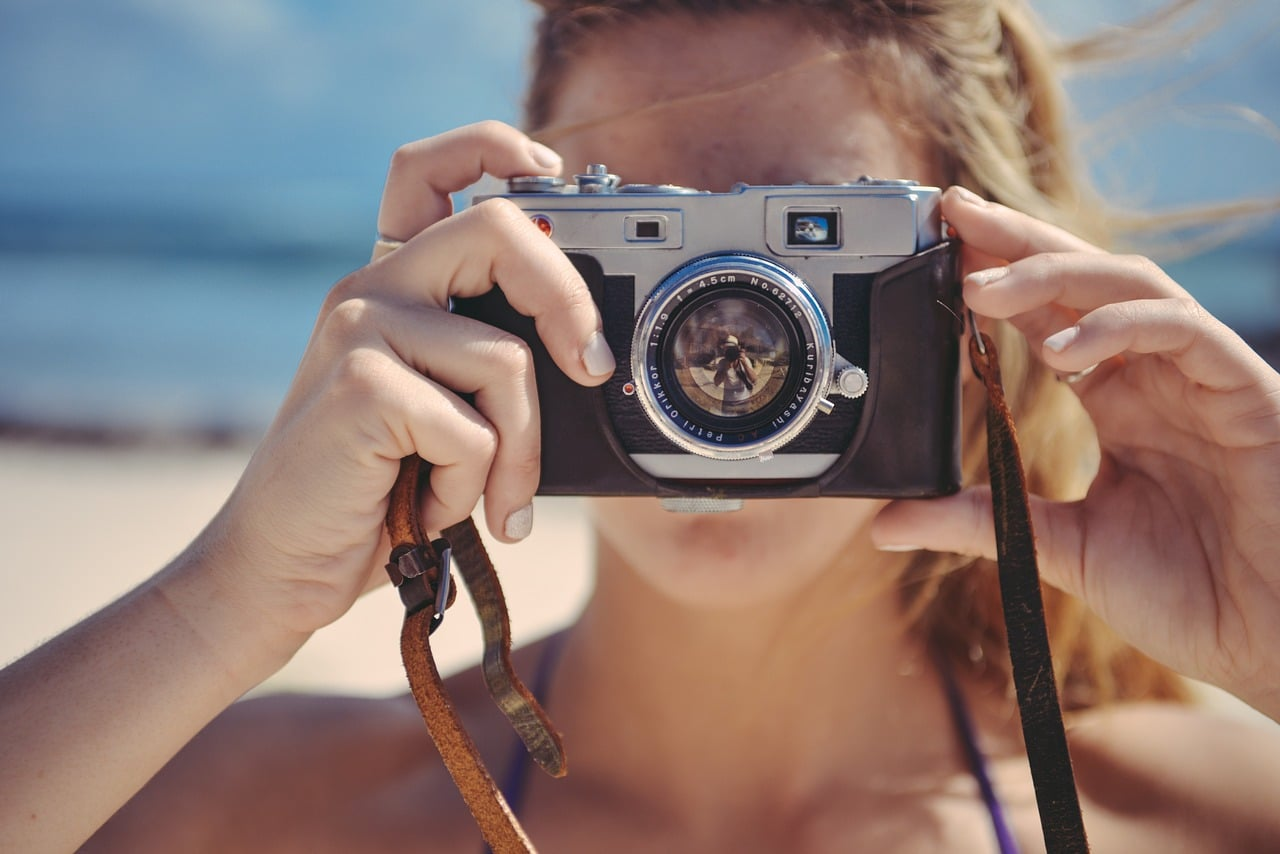 make money online sell stock photos, photography art, taking picture to sell