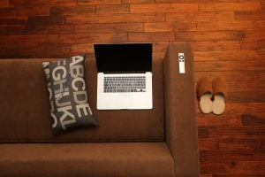 the pros and cons of working from home, remote work, work from home, telecommuting, freelance